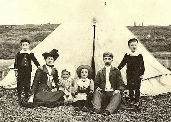 A day at the beach for the Clark family in 1900